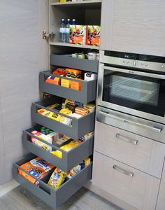space tower blum antaro drawer set cocina pinterest more drawers spaces and kitchen. Black Bedroom Furniture Sets. Home Design Ideas