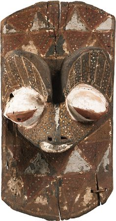 Wall Panel with Sculptured Face of a Feline Congo, Nkanu Polychrome wood, 48 cm high Peggy Guggenheim Collection, Venice African Masks, African Art, Peggy Guggenheim, Art Premier, Sculpture, Tribal Art, Congo, Art Reference, Pop Up