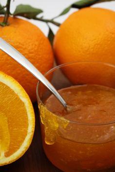 Marmellata di arance Io come al mio solito le cose che adoro le scopro tardi. Un esempio è la marmellata di arance: ho scoperto quanto mi piace solo negli