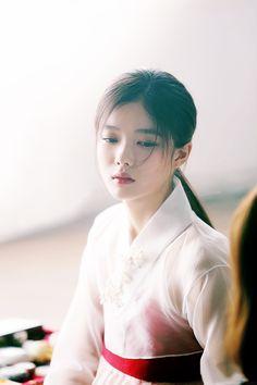 Kim Yoo Jung (Shooting Film) - Album on Imgur