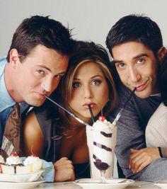 Nunca é demais relembrar os programas dos anos 90, afinal, eles marcaram época e fizeram a adolescência de muitos jovens adultos de hoje em dia mais feliz! Triste é lembrar que muitos seriados já acabaram, mas é sempre bom relembrar, não é? E a notícia boa é: muitos estão disponíveis na Netflix, inclusive com todas as temporadas!