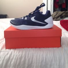 new styles ab5c4 1fe51 Brand new Nike Hyperchase TB Navy and white brand new Nike Hyperchase TB  basketball shoes men size size Nike Shoes Athletic Shoes