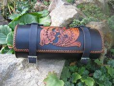 výrobky z kůže,zdobené tepáním - leathercraft | moto doplňky /moto accessories