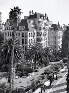 LOS ANGELES / HOLLYWOOD: Widow of pioneer filmmaker, Thomas H. Ince, built the Château Élysée at 5930 Franklin Ave as a residential apartment house. The names associated with it include: Bette Davis, Errol Flynn Edward G. Robinson, Carol Lombard, Humphrey Bogart, Clark Gable, Ginger Rogers, Lillian Gish, Katharine Hepburn, George Gershwin, and Cary Grant. It's still there, in wonderful condition...but it's in the hands of the Scientologists.