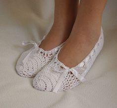 White bridal wedding dans slippers by yagmurshop on Etsy, $25.00