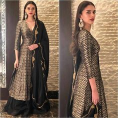 Get More Bollywood actress gorgeous looks on Indian Gowns Dresses, Pakistani Dresses, Indian Sarees, Indian Attire, Indian Outfits, Ethnic Outfits, Indian Clothes, Indian Wear, Indian Designer Outfits