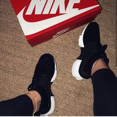 Nike or adidas? Adidas Shoes Outfit, Nike Air Shoes, Women Nike Shoes, Cute Sneakers For Women, Tennis Shoes Outfit, Black Nike Shoes, Nike Tennis Shoes, Ladies Shoes, Black Nikes