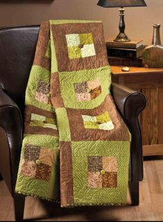 Quilting - Lap Quilt Patterns - Pieced Quilt Patterns - Man Cave Throw / beginner / square / great for Dad, hubby, etc. Colchas Quilting, Quilting Projects, Quilting Ideas, Sewing Projects, Man Quilt, Boy Quilts, Scrappy Quilts, Lap Quilt Patterns, Patches