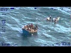 Momento en que son rescatados balseros cubanos - YouTube