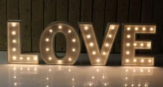 Inspired by the early 20th century these galvanized metal finished marquee lights are a great addition to any space. Whether on a side table, shelf or bookcase,