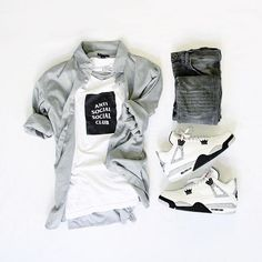 WEBSTA @ colorwaze - Summer Sixteen: The End. #outfitgrid▫️Tee…