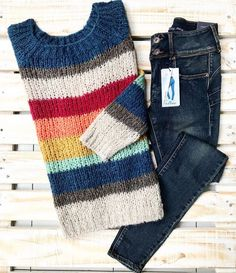 (notitle) You are in the right place about finger knitting Here we offer you the most beautiful pictures about the knitting designs you are looking. Knitting Designs, Knitting Stitches, Baby Knitting, Knitting Patterns, Crochet Dress Outfits, Crochet Clothes, Jumper Outfit, Knit Fashion, Knitwear