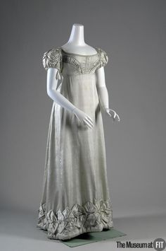 Dress1818The Museum at FIT