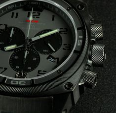 This tactical military watch for men, Black Gray Predator II, by MTM Special Ops contains a solid stainless steel or titanium watch case. Rolex Watches For Men, Vintage Watches For Men, Mens Watches Leather, Stylish Watches, Casual Watches, Cool Watches, Packers, Tactical Watch, Tactical Gear