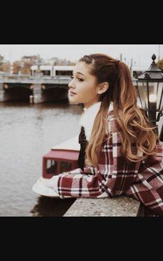 Ariana grande winter