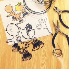 String Crafts, Wire Crafts, Diy Crafts Hacks, Diy And Crafts, Snoopy, Monkey Business, Wire Mesh, Wire Art, Diy Accessories
