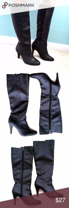 ❌❌❌ SOLD ❌❌❌ ❌❌❌ THIS ITEM HAS BEEN SOLD ❌❌❌  Express Black Knee High Boots High Heels Size 7 Vegan Leather  Size 7 Fall a little below the knee Black matte vegan leather Show some signs of wear but overall great condition! Express Shoes Heeled Boots