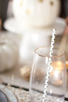 Black and Gold Tablescape-36