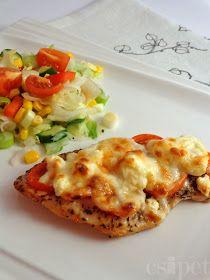 egycsipet: Paradicsomos-fetás csirkemell Meat Recipes, Chicken Recipes, Cooking Recipes, Healthy Recipes, Good Food, Yummy Food, Hungarian Recipes, Mediterranean Recipes, Light Recipes