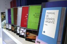 Misión para este fin de semana: ¡buscar un ejemplar del #manualFundéu en las tiendas de la ciudad!