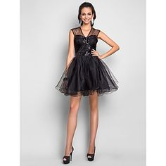 Cocktail Party/Prom/Homecoming/Sweet 16 Dress A-line V-neck Short/Mini Tulle Dress – USD $ 99.99