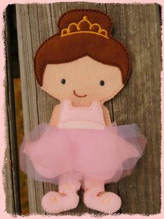 Ava Grace Un Paper Doll Felt Embroidery Design