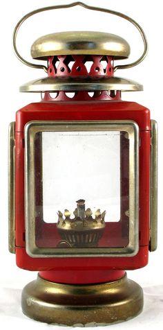 CARRIAGE LANTERN vintage red & gold Hurricane Glass Hong Kong