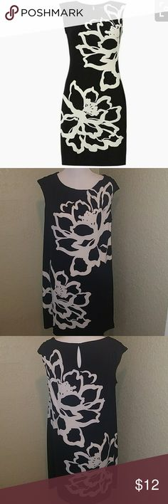 Studio by London Times Sheath dress Excellent like new condition. Studio Dresses