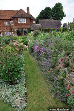 The Manor House & Garden   Гертруда Джекил
