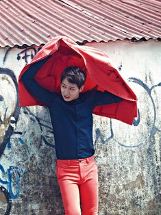 Extra Shots Of Park Yoochun In Macau From The July 2014 Issue Of Singles | Couch Kimchi