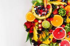Jugos naturales saludables en Bogotá. Weight Loss Meals, Best Weight Loss Foods, Best High Fiber Foods, Lait Vegan, Low Carb Backen, Fruit Benefits, Health Benefits, Pcos Diet, Good Healthy Recipes