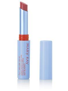 Ligero y con acabado semimate, este lápiz de labios cremoso acondiciona e hidrata tus labios. Consigue un color duradero que no se desplaza.. Descubre el Lápiz de Labios Cremoso Mary Kay® en el tono Carefree Coral.