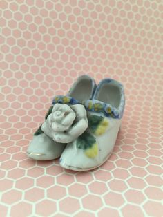Tiny Porcelain Shoes- Miniature Porcelain  Shoes- Vintage Porcelain Shoes- Ceramic Shoes- Dressing Table Decor- Made in Japan by ataleof9lives on Etsy https://www.etsy.com/listing/477354435/tiny-porcelain-shoes-miniature-porcelain