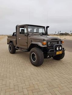 Toyota Lc, Toyota Fj40, Toyota Trucks, Toyota Cars, New Toyota Land Cruiser, Fj Cruiser, Carros Toyota, Gruseliger Clown, Land Cruiser 70 Series