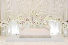Wedding Stage Backdrop, Wedding Backdrop Design, Wedding Stage Decorations, Wedding Scene, Dream Wedding, Akad Nikah, Wedding Designs, Wedding Ideas, Wedding Colors