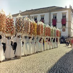 Festa dos Tabuleiros is the most important celebration of the city of Tomar. It occurs every 4 years, in June or July.