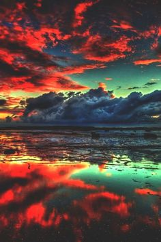 Reflection Photography ~ By Creative Inspiration Reflection Photography, Landscape Photography, Nature Photography, Artistic Photography, Nature Pictures, Cool Pictures, Beautiful Pictures, Beautiful Sunset, Beautiful Places