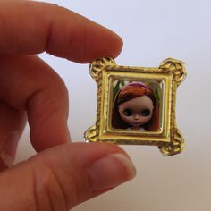 Miniature Photo Frames – Dollar Store Crafts