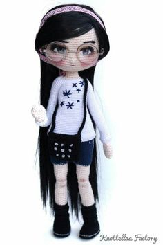 Espejuelos Yarn Dolls, Knitted Dolls, Crochet Dolls, Amigurumi Doll, Amigurumi Patterns, Doll Patterns, Cute Crochet, Crochet Baby, Crochet Doll Pattern