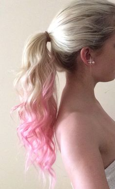 pink dip dye Pink Dip Dye, Hair Makeup, Hair Beauty, Long Hair Styles, Princess, Life, Fashion, Hair, Moda