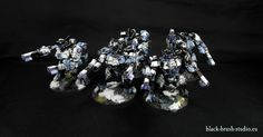 Black Brush Studio - Miniature painting services: Tau Empire: XV8 Crisis Battlesuit Team  in Winter Camo Scheme