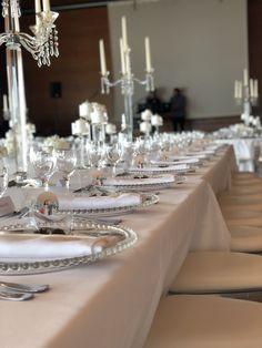 Du transparent... Élégant et sobre Happy 50th Birthday, Transparent, Table Settings, Table Decorations, Wedding, Home Decor, Valentines Day Weddings, Decoration Home, Room Decor