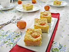 Cuadrados de tarta de queso quark y albaricoque :: Kynutý tvarohový koláč s meruňkami a drobenkou