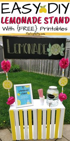 Simple & Easy DIY Lemonade Stand for kids with FREE Printables signs. Learn how to make a Lemonade stand with a chalkboard sign out of wooden crates! Great for dramatic play, a photo shoot, birthday party, a fundraiser for school, etc. This is a cheap and Kids Lemonade Stands, Lemonade Stand Sign, Crafts For Teens, Diy Crafts To Sell, Diy For Kids, Sell Diy, Homemade Lemonade, Diy Birthday, Fundraising