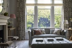 Drawing Room designed by Sims Hilditch for Malvern Family Home project. Elegant Interior Design, Elegant Interiors, Modern Farmhouse Interiors, Sitting Room Design, Georgian Interiors, Interior Architecture, Farmhouse Interior, Home Deco, Luxury Interior Design
