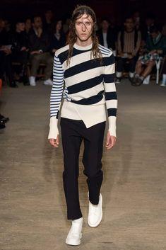 Alexander McQueen Spring 2016 Menswear Fashion Show