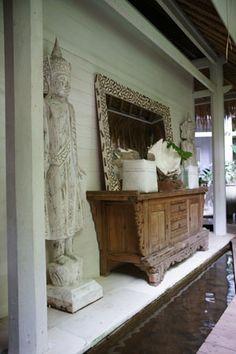Oazia Spa Villas, a boutique resort and spa in Canggu Bali Balinese Interior, Balinese Decor, Asian Interior, Indonesian Decor, Bali Decor, Bali Fashion, A Boutique, Old Houses, Entryway Decor