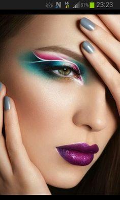 75 Creative Lip Art Designs With Super Nails Lippenstift, , 75 Creative Lip Art Designs With Super Nails 75 Kreative Lippenmotive mit Supernägeln 2018 - Reny Styles Artistry. Eye Makeup Art, Airbrush Makeup, Face Makeup, Makeup Artistry, Makeup Blush, White Makeup, Lip Art, Make Up Looks, Fantasy Make Up