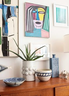 Ways_Gallery Wall Pottery Succulents Woven Art_Mid Century Modern Eclectic 3 Mantle Styling, Front Rooms, White Vases, Mid Century Modern Furniture, Furniture Styles, Home And Living, Living Rooms, Interior Inspiration, Mid-century Modern
