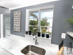 Renovation of a apartment located in the Art Deco distinctive district of Miami Beach. Kitchen area.